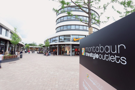 "Montabaur Shopping im ""The Style Outlets Center"""